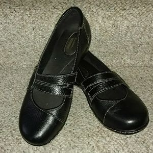 Clarks Collection black leather Mary Janes 8.5